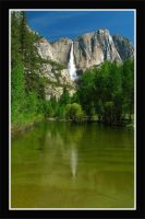 Upper Yosemite Falls by La-Vita-a-Bella