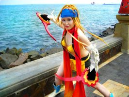 Thief Rikku on Beach by pinkyluxun