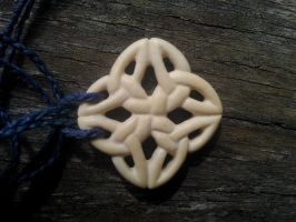 Bone Celtic Knot by Isa-Uruz