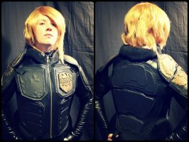 Judge Anderson - Vest by Evea