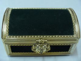 Green Chest 1 by Insan-Stock
