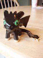 Toothless view II by Bwabbit