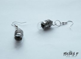 Light bulb Earrings by faktoria-f