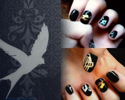 Pavarotti, Bird Nails by thatcoldmask