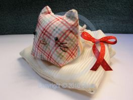 Plaid Kitty Gift by Tsukarii