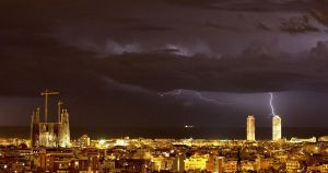 thunderstorm in barcelona by galifardeu