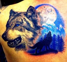 Wolf shoulder piece by CreativeCurseKina