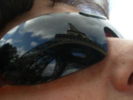 Eiffel Tower Reflection by Eejit13