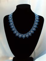 Snow crystal necklace by Yanagi-no-Yume