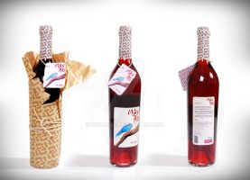 mavro red wine by Cielodise
