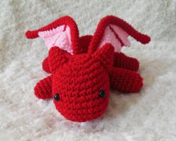 Crochet red dragon front view by npierce122