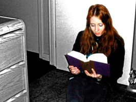 Contrasted Reading by meggyweggy