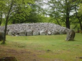 Cairn Burial Mound by devonette