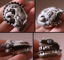 Crested Gecko BottleCap Nester by CatharsisJB