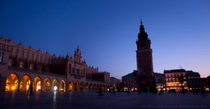 Rynek at Dusk by kuschelirmel