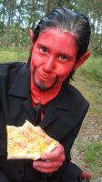 Azazel and the pizza by SweBJ