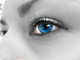 Those Blue Eyes by cheiva