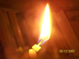 Candle_2 by merenre