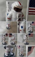 Astronaut Papercraft by Mironius