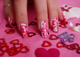 valentine's day nail art by Tartofraises