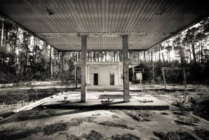 Abandoned Petrol Station by jpgmn