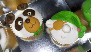 Un-girly cupcakes by Efreet-in-the-Oven