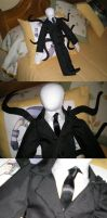 Slenderman Plushy by Lagoon-Sadnes