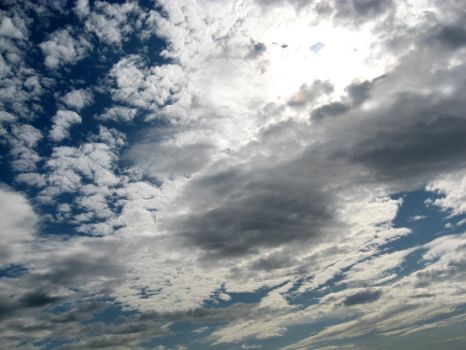 CLouds part 4 by xzibitka