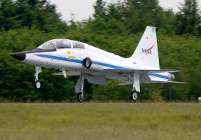 NASA T-38 Landing by shelbs2