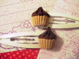 Chocolate Cupcake Hair Clips by pinkDudu