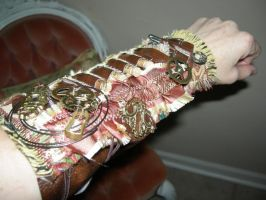 Steampunk Gauntlet by melsmith928