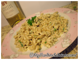 Creamy Roasted Garlic Pasta by Candistache