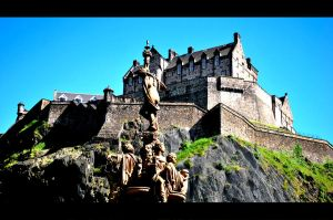 Edinburgh Castle by bladz56