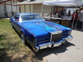 Blue Lincoln Continental lowrider by Jetster1