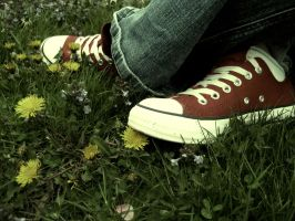 red chucks by deetoxxx
