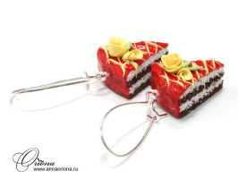 Cake with roses by OrionaJewelry