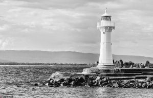 The Wollongong Breakwater Lighthouse by TahaElraaid