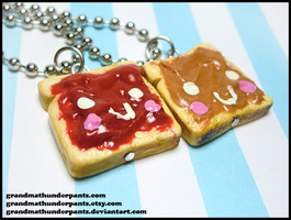 Strawberry Jam/Peanut Butter BFF Set by GrandmaThunderpants