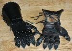 Leather gauntlets by Dewfooter