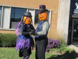Gourdon and Zuccia Pumpkinhead 2015 - 2 by Windthin