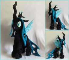 Queen Chrysalis by MagnaStorm