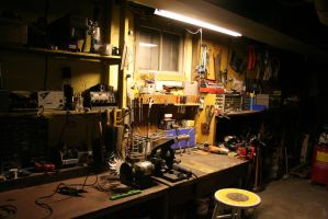 Workbench solo by photozz