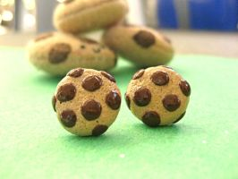 Mini ChocoChip Cookie Studs II by sunnyxshine