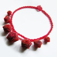 Vermello necklace with beaded beads by Sol89