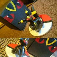 Umbreon I made a few weeks ago now. Box aswell lol by raelinn1989
