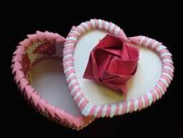 3D Origami- Heart Box by Pandas55