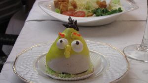 Yellow Angry Bird Cupcake by yinlin1994