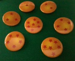 Dragon Ball Buttons by cosplay-kitty