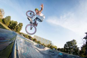 Tuck no hander by RadoslawSass