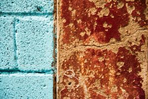 blue and red wall detail by stachelpferdchen